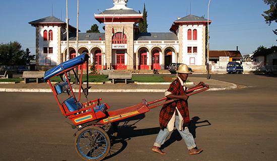 visit mada tours : South tour of madagascar including camp